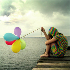 13-balloon-lonely-girl-sad1